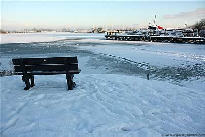 Lough Neagh Freeze, Ballyronan Marina - Dec 8th 2010