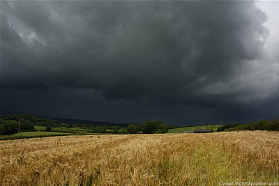 Optics, NLCs & Thunderstorm Over Wheat Fields - Maghera, July 30th 2012